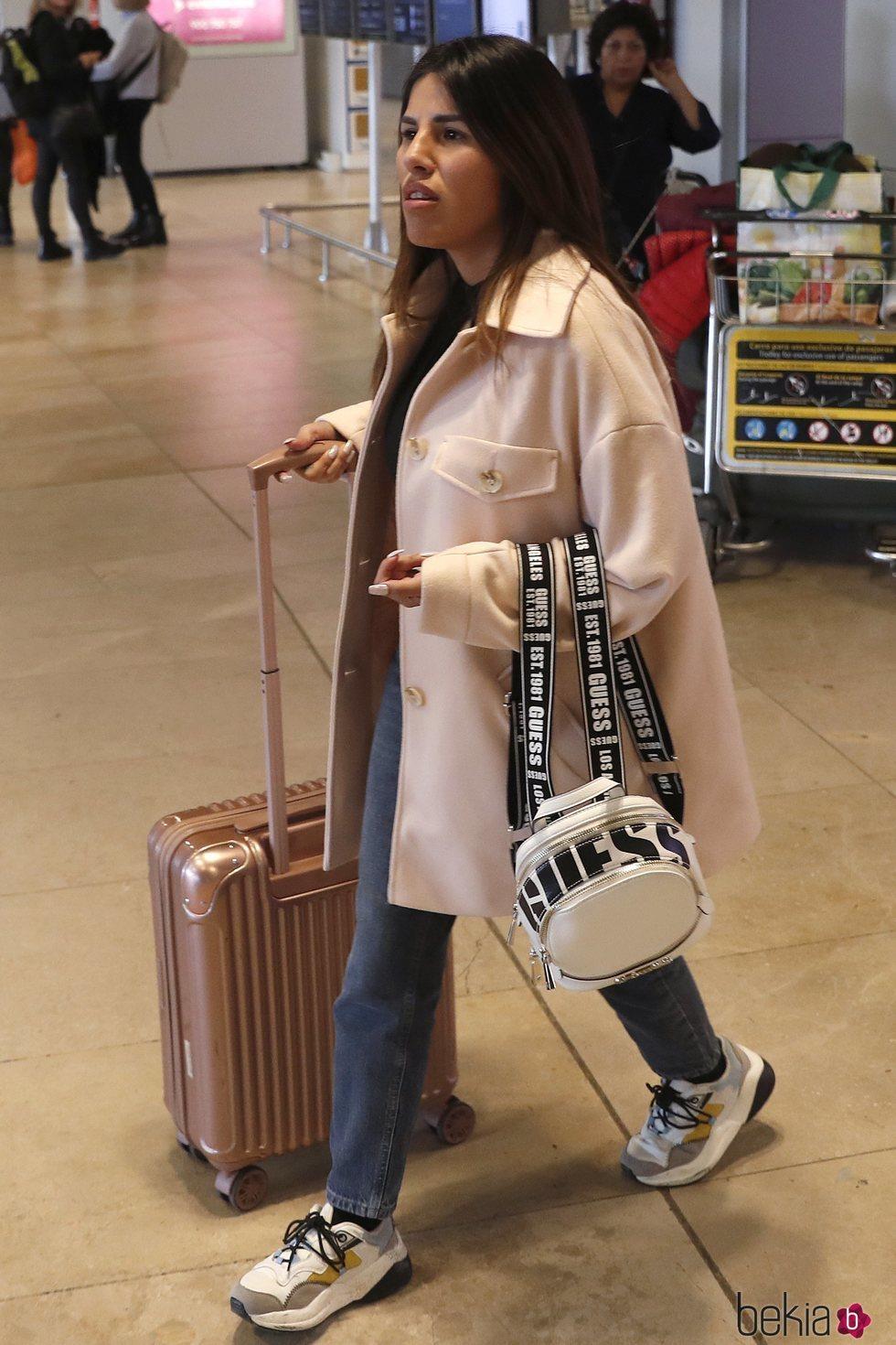 Chabelita Pantoja en el aeropuerto de Madrid a su vuelta de Londres