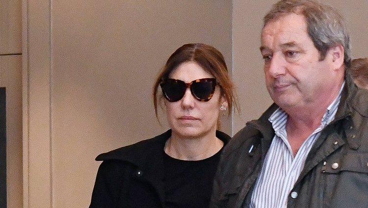 Raquel Revuelta llorando en el funeral de su exmarido Miguel Ángel Jiménez