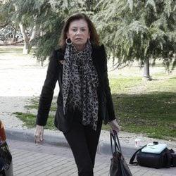 Marisa de Borbón en la capilla ardiente de Cristina de Borbón