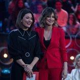 Sandra Barneda y Nagore Robles en el debate de 'La isla de las tentaciones'
