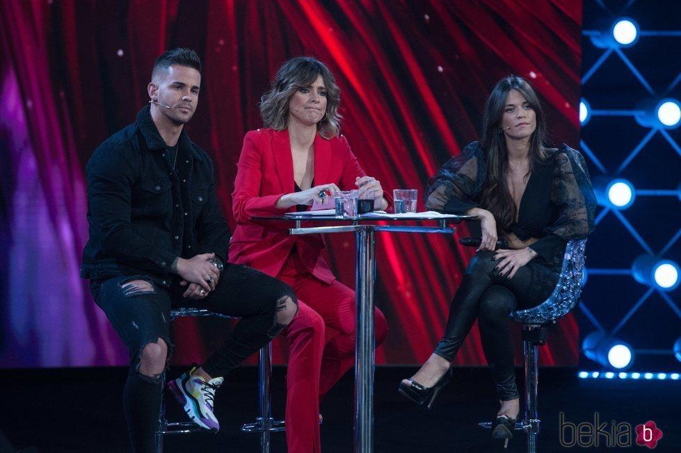 Álex, Sandra Barneda y Fiama durante 'El debate final de las tentaciones'