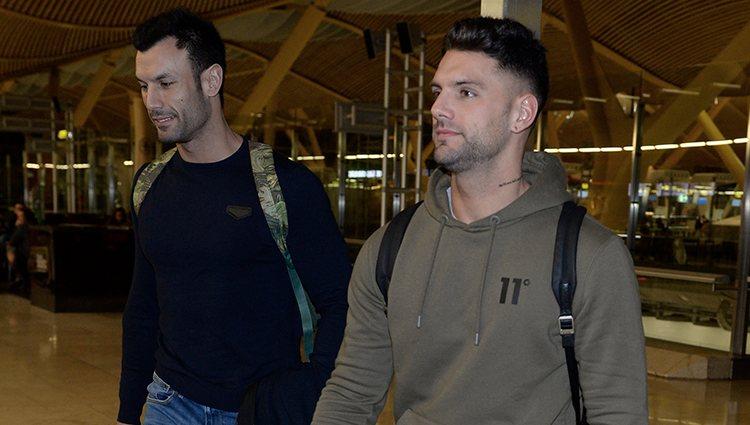 Albert Barranco y Jorge Rodríguez en el aeropuerto camino a Honduras