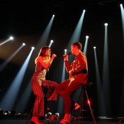 Maialen y Flavio durante su actuación en la Gala 5 de 'OT 2020'