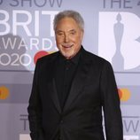 Tom Jones en la alfombra roja de los Brit Awards 2020