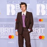 Harry Styles en la alfombra roja de los Brit Awards 2020