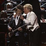 Rod Stewart y Ronnie Wood durante su actuación en los Brit Awards 2020
