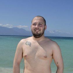 José Antonio Avilés en la playa en la foto oficial de 'Supervivientes 2020'