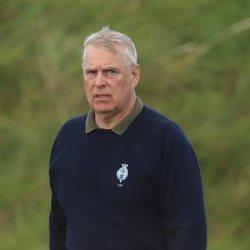 El Príncipe Andrés en Royal Portrush Golf Club