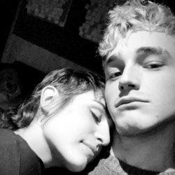 Natalia Lacunza y Pol Granch posando juntos por primera vez