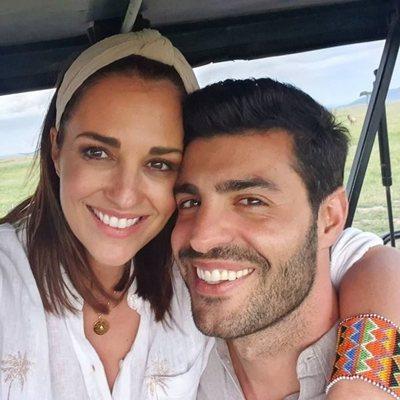 Paula Echevarría y Miguel Torres grabando 'Planeta Calleja' en Kenia