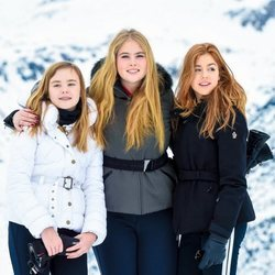 Ariane, Amalia y Alexia de Holanda en su posado de invierno en Lech