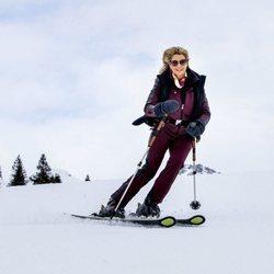 Máxima de Holanda esquiando durante sus vacaciones en Lech