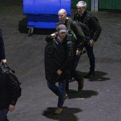 El Príncipe Harry, rodeado de guardaespaldas en Edimburgo