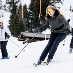 Amalia de Holanda esquiando durante sus vacaciones en Lech