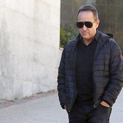 Víctor Sandoval, muy apenado tras la muerte de su padre Raimundo