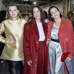 Camille Gottlieb, Pauline Ducruet y Estefanía de Mónaco en la presentación de la colección otoño/invierno 2020/2021 de Alter Designs en la Paris Fashion We