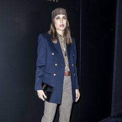 Carlota Casiraghi en la presentación de la colección otoño/invierno 2020/2021 de SaintLaurent en la Paris Fashion Week