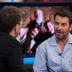 Aturo Valls con Pablo Motos en 'El Hormiguero'