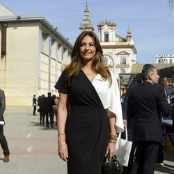 Mariló Montero llegando a la entrega de Medallas de Andalucía 2020