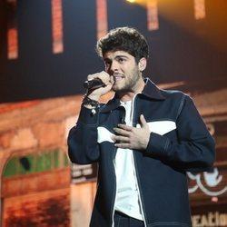 Rafa Medina cantando 'Cojo el saco y me retiro' durante la gala 7 de 'OT 2020'