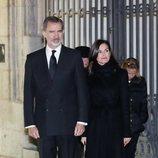 Los Reyes Felipe y Letizia acudiendo a la misa funeral de Plácido Arango