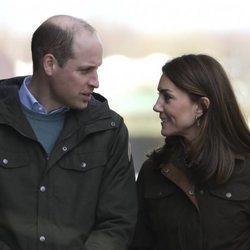 El Príncipe Guillermo y Kate Middleton en Howth en su visita oficial a Irlanda