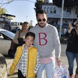 Alberto Isla acudiendo al cumpleaños de su hijo Albertito