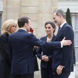 Emmanuel Macron y Brigitte Macron dan la bienvenida a los Reyes Felipe y Letizia al Elíseo