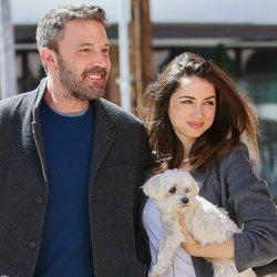 Ana de Armas y Ben Affleck pasean por Los Angeles