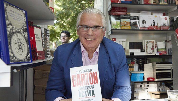 Baltasar Garzón en la Feria del Libro de Madrid 2018