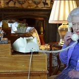 La Reina Isabel mantiene su audiencia con Boris Johnson por telefóno desde Windsor Castle