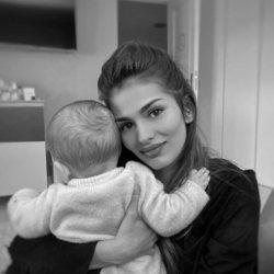 Sara Sálamo pasando la cuarentena con su hijo Theo