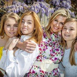 La Reina Máxima de Holanda y sus tres hijas el Día del Rey 2020