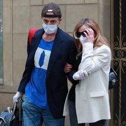 Ana Obregón y Alessandro Lequio abandonan Barcelona tras la muerte de su hijo Álex Lequio