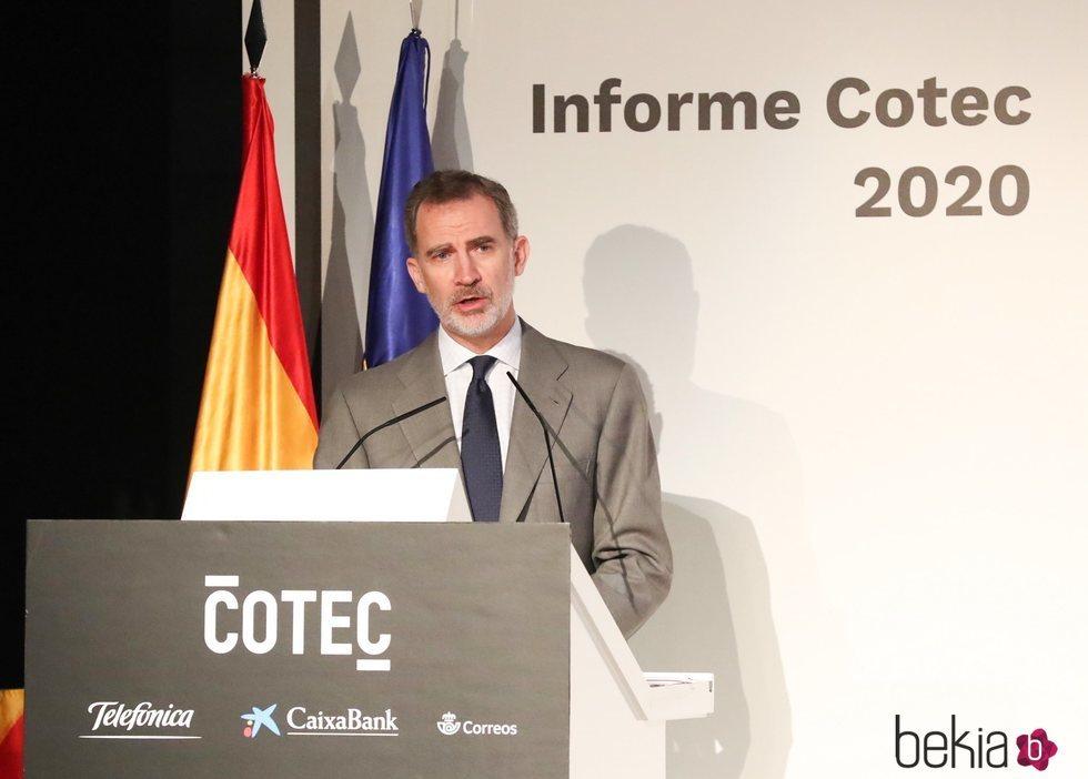El Rey Felipe dando un discurso en la presentación del Informe Cotec 2020