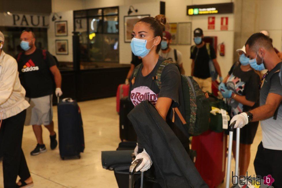 Lara Álvarez en el aeropuerto a su llegada de Honduras tras 'SV 2020'