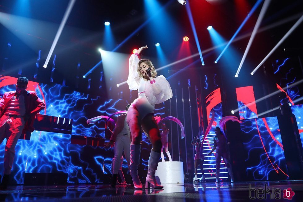 Samantha cantando 'Freed from desire' en la gala 11 de 'OT 2020'