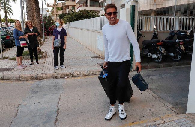 Hugo Sierra a su llegada a Mallorca después de 'Supervivientes 2020'