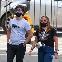 Rocío Flores y su novio Manuel en Málaga tras 'Supervivientes 2020'