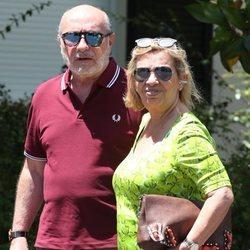 Carmen Borrego y José Carlos llegando al 79 cumpleaños de María Teresa Campos