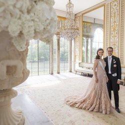 Victoria de Suecia celebra su décimo aniversario de boda con Daniel de Suecia con el vestido que llevó en su preboda
