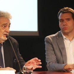 Plácido Domingo y Rubén Amón durante unos cursos de verano en el Teatro Real en 2016