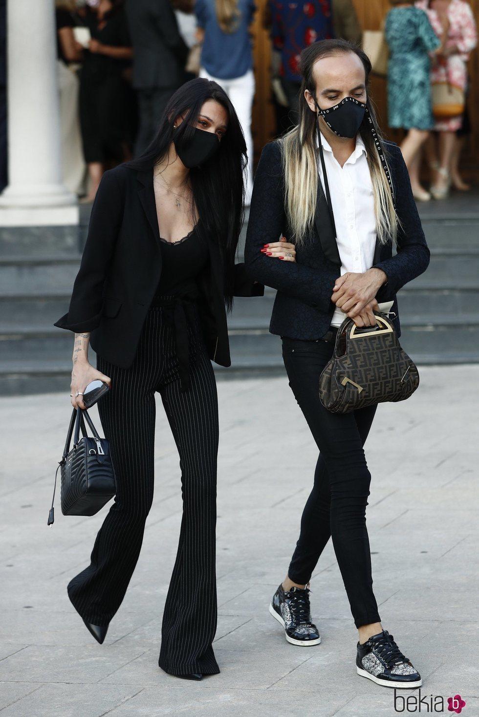 Alejandra Rubio y Aless Gibaja en el funeral de Álex Lequio Obregón en Madrid