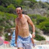 José Bono Junior con el torso desnudo en Ibiza