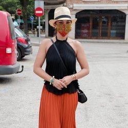 Chenoa disfrutando de un paseo por la localidad mallorquina de Valldemossa