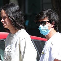 Victoria Federica paseando por Madrid con Jorge Bárcenas