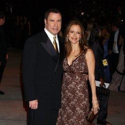 John Travolta y Kelly Preston llegando a una fiesta de Vanity Fair