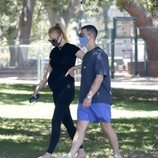 Sophie Turner luce avanzado estado de gestación junto a Joe Jonas