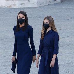 La Reina Letizia y la Infanta Sofía en el homenaje de Estado a las víctimas del coronavirus