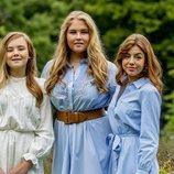 Las Princesas Ariane, Amalia y Alexia de Holanda en su posado de verano 2020
